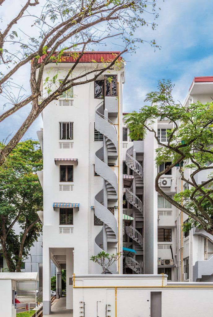 Gebäude des staatlichen Wohnungsbaus aus den fünfziger Jahren