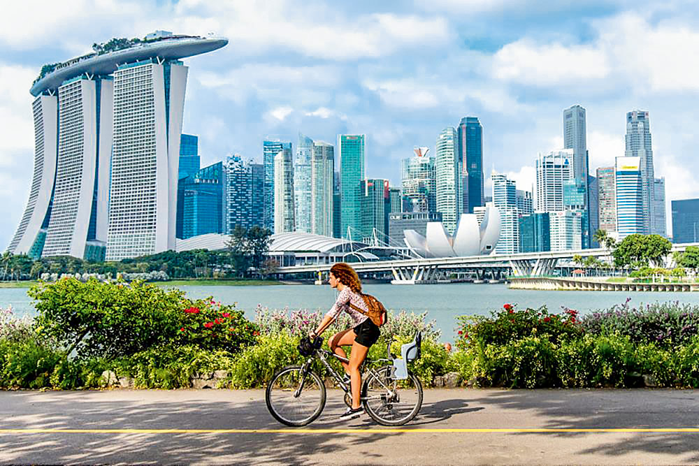 Rad vor Skyline Singapur